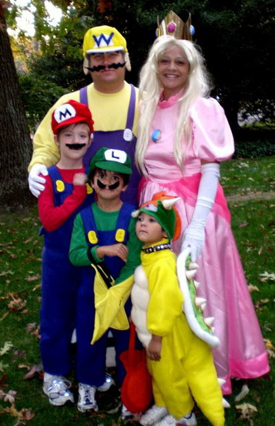 Best Halloween Family Costume - Funny picture